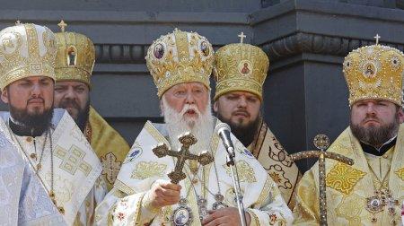Константинополь отказал украинской церкви в автокефалии