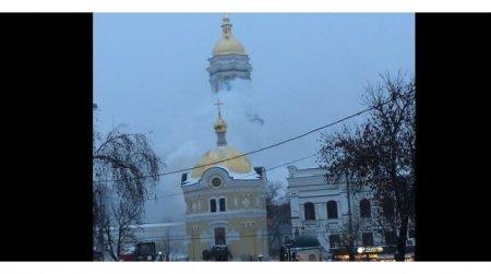 Горит Киево-Печерская лавра